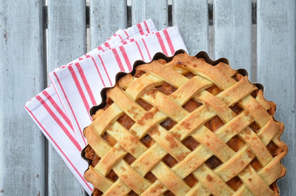 cross-apple-pie-01