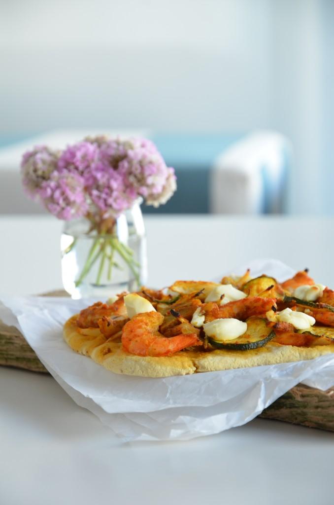 seafood-pizza-04